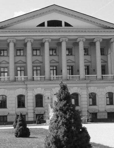 57. Палац Кирила Розумовського в Батурині. 1799-1803. Сучасний вигляд