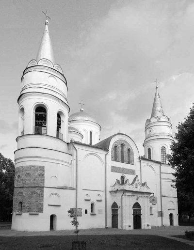 8. Спасо-Преображенський собор в Чернігові. 1036. Сучасний вигляд