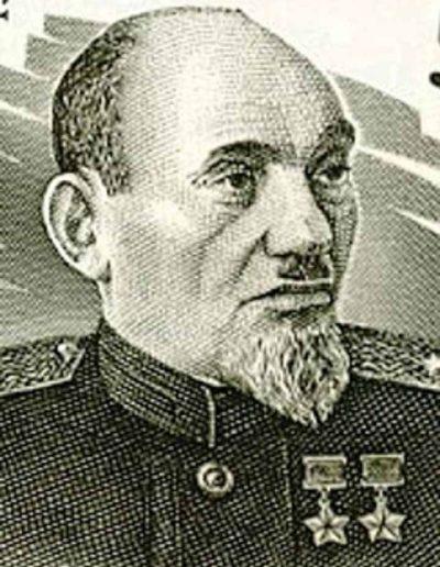 34. Сидір Ковпак