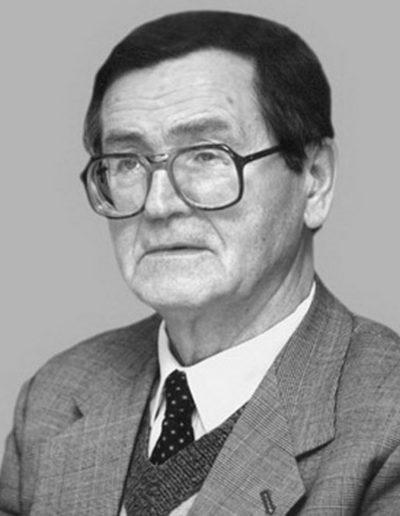 44. Іван Дзюба